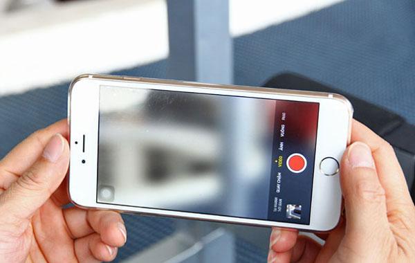 Cần làm gì khi gặp phải lỗi camera iPhone bị mờ