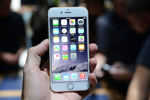 Lý do chính khiến iPhone 6 cảm ứng lúc được lúc không?