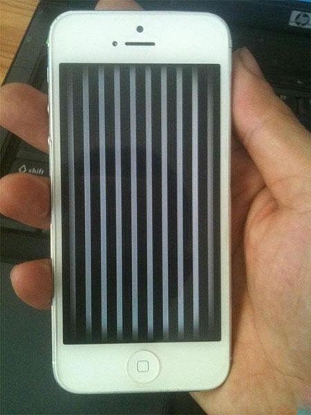 Cách khắc phục tình trạng màn hình iPhone 5 bị kẻ sọc