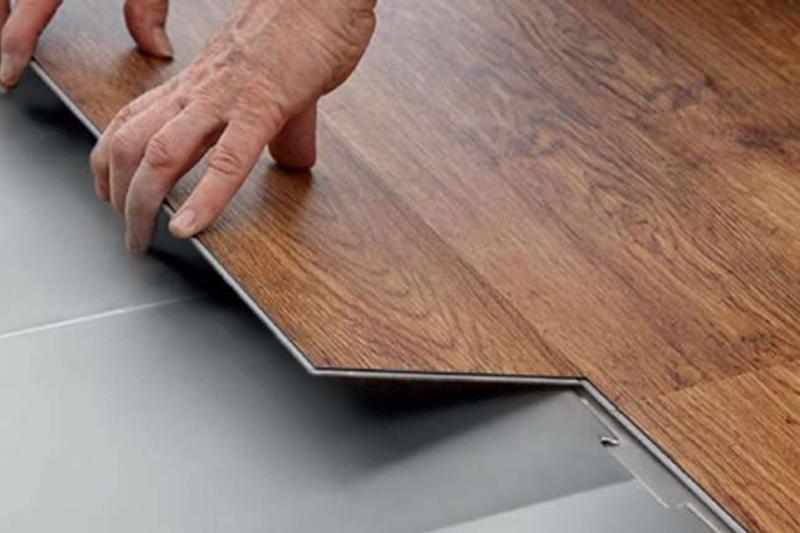 Báo giá sàn nhựa hèm khóa cao cấp giả gỗ