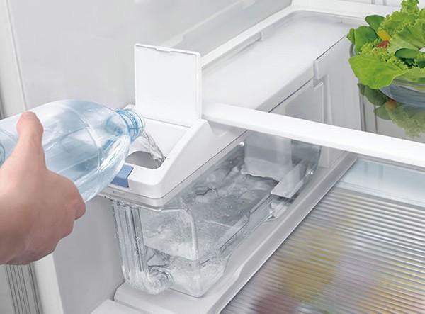 Sửa tủ lạnh Hitachi không làm đá tự động như thế nào?